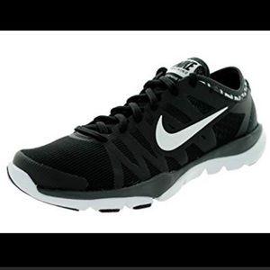 Nike Women's Training Flex Supreme Tr3 Sneakers